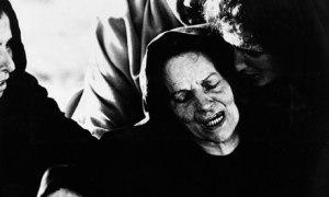 """Susanna Pasolini, nëna e Pier Paolos, në rolin e Sh. Mërisë, në filmin e tij """"Ungjilli simbas Mateut""""."""