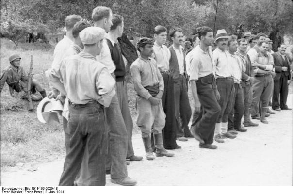 Para pushkatimit në Kondomari, Kretë, qershor 1941